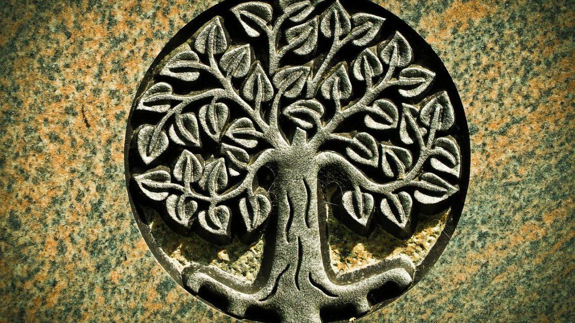 Comment mettre la main sur le bon bijou arbre de vie?