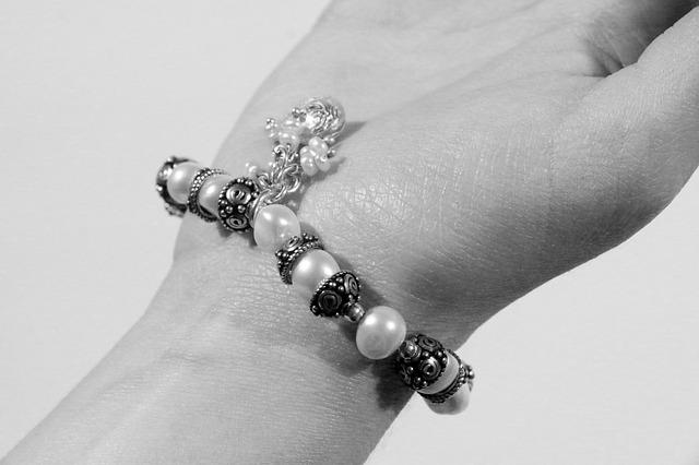 Guide pour bien choisir les bijoux fantaisie