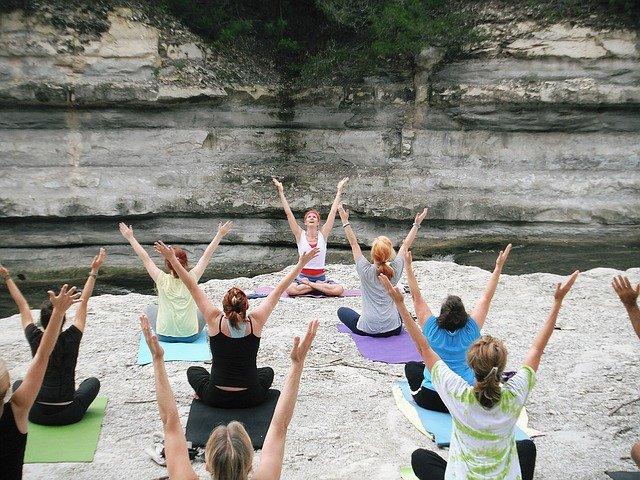 Pourquoi le yoga est-il si populaire?