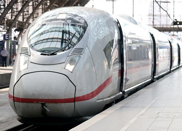 Quels sont les avantages de voyager en train?