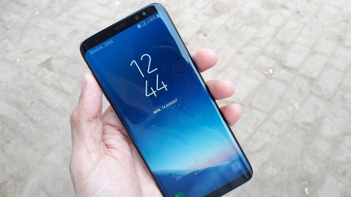 Les critères de choix d'un site pour faire la customisation d'une coque personnalisable Samsung