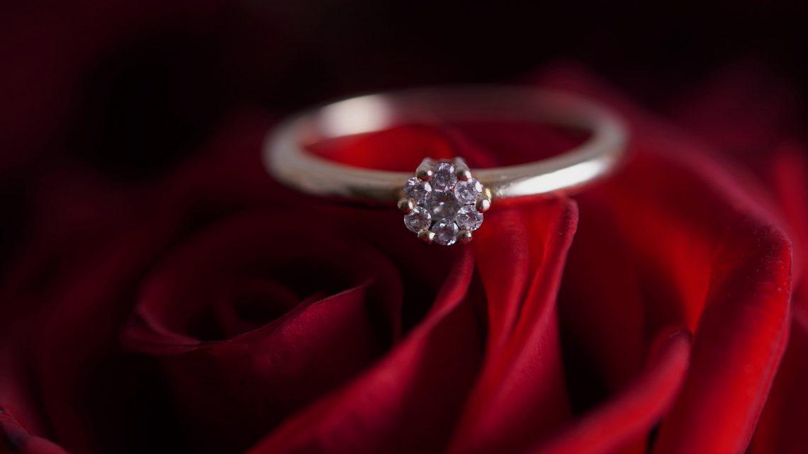 5 conseils pour bien choisir une bague de fiançailles