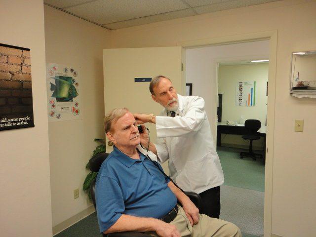 Ce que vous devez savoir sur les aides auditives